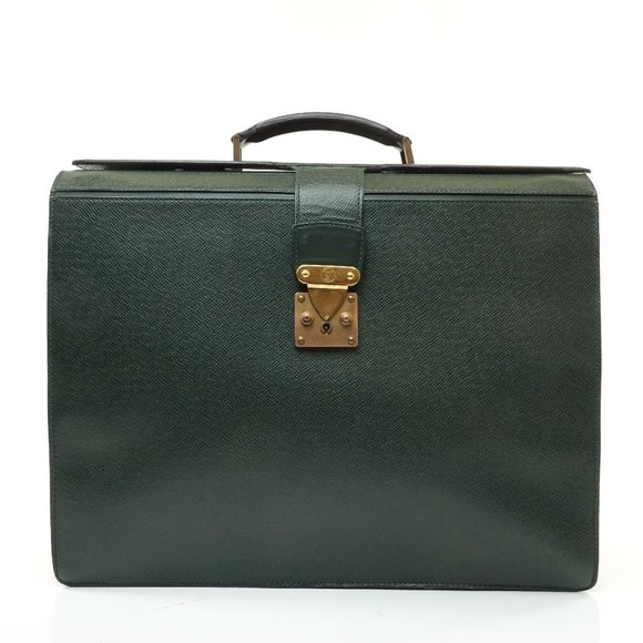 Auth Louis Vuitton Taiga Business Bag #8066L28